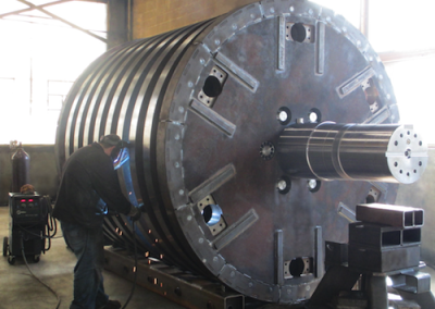 Welding On A 70-ton Shredder Rotor